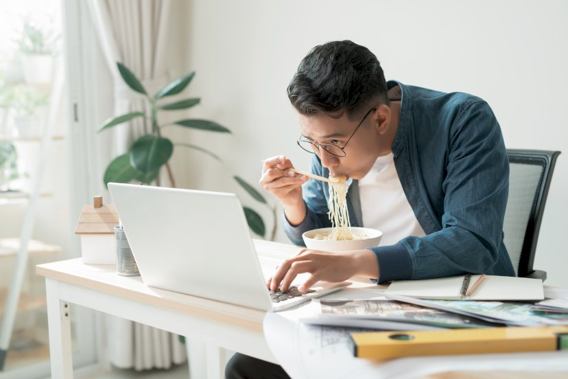 8 Stress — Induced Eating Habits and How They Impact Your Life