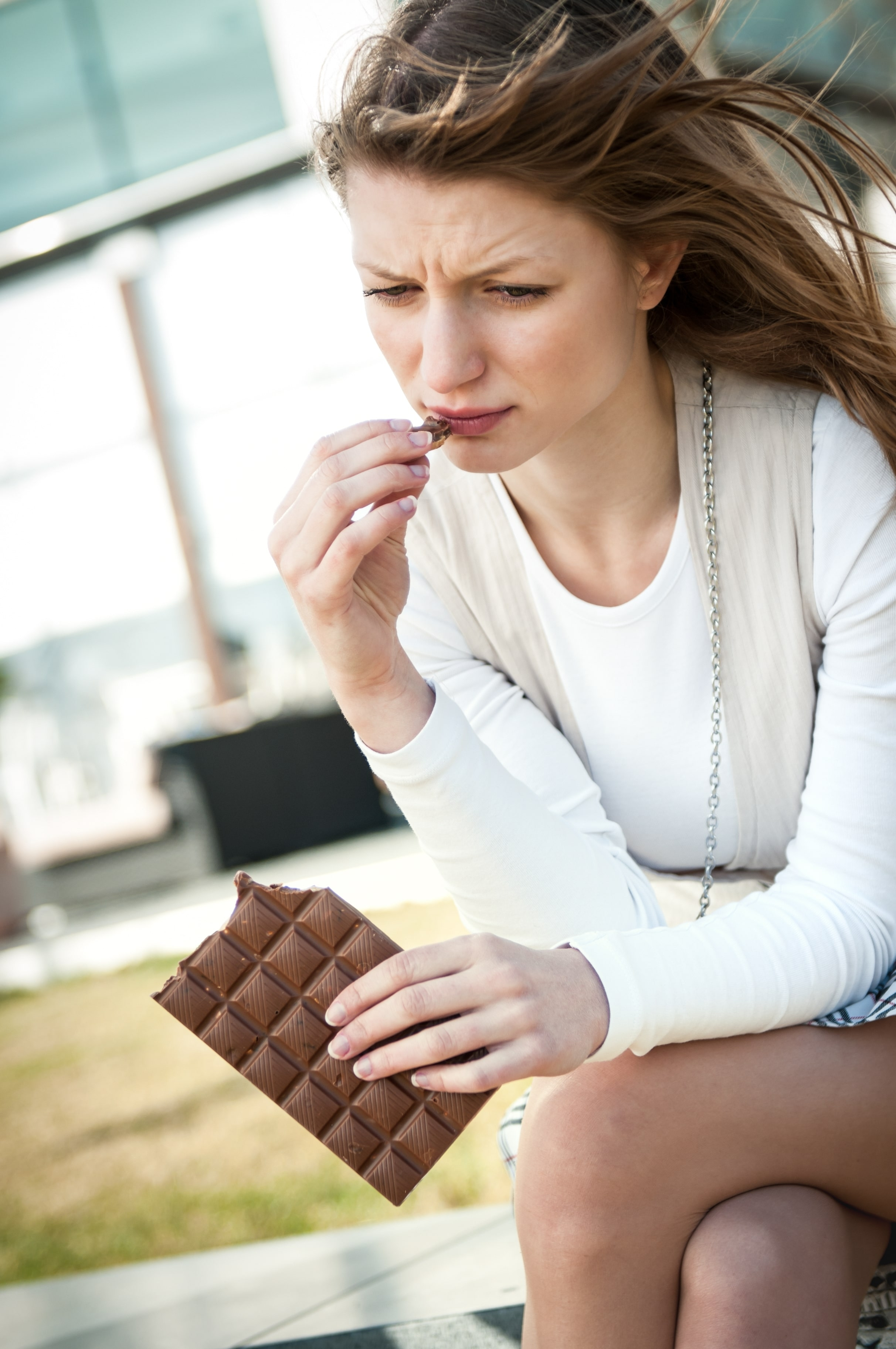 Emotional Eating: Patterns, Triggers, Causes, Treatment
