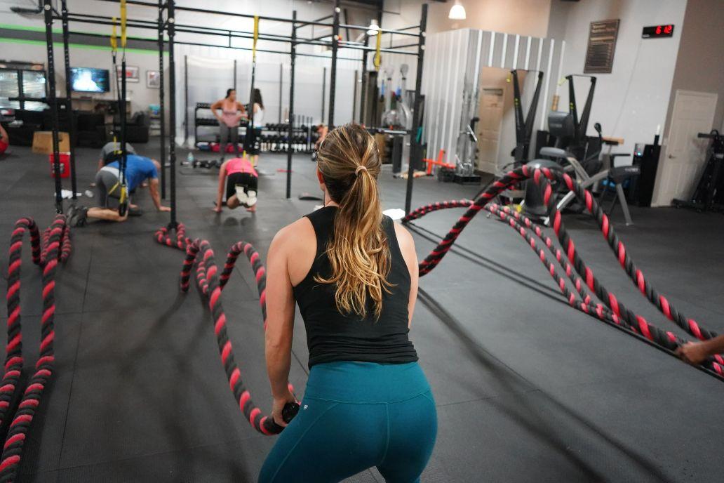 Cross-fit is quite efficient for body recomposition | Unsplash